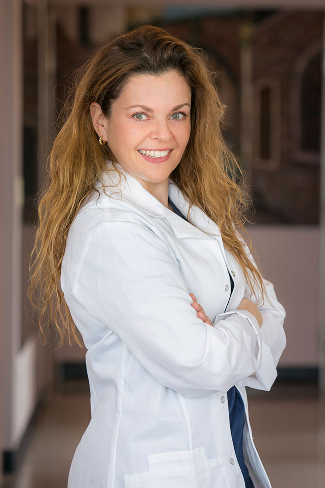 Dr. Carrie Berkovich, DDS, MS | Diplomate of the American Board of Periodontology